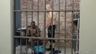 Black dude fucks white guy in the ass