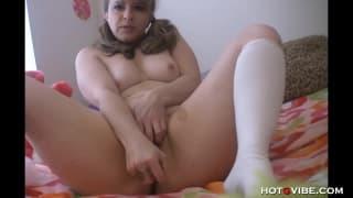 This milf loves to masturbate alone