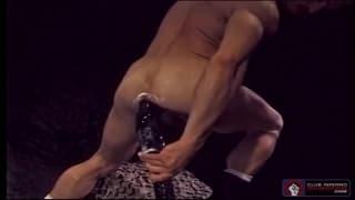 Mark Evrett fist fucks himself for pleasure