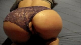 This brunette has a nice ass to watch