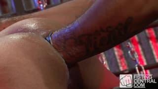 Leo Forte fucks his mate Ben Reyes