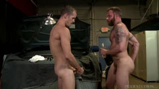 Derek Parker fucks the ass of Jimmy Slater
