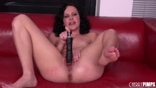 Katie St. Ives fucks her own cunt with a toy