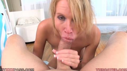 Angela Attison Aria Austin Junto A Erik Trio Videos Porno
