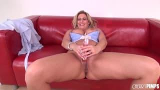 Phyllisha Anne fucks herself with a dildo