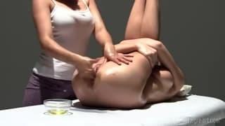 Two lesbians who enjoy their bodies