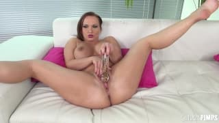 Katja Kassin fucks her pussy with a toy