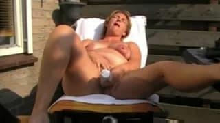 She loves to masturbate in the sunshine