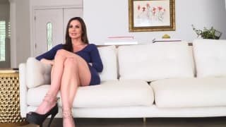 Kendra Lust knows how to enjoy Manuel