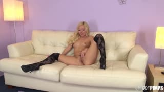 Aaliyah Love loves to touch herself