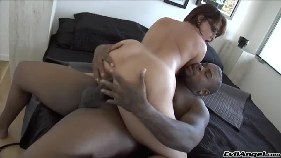 Latina Knows Howto Suck Dick