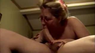 A mature woman enjoys this cock