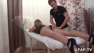 Male masseuse massages her hot pussy