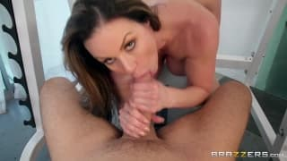 Kendra Lust goes to the gym to get fucked
