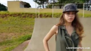 Young babe masturbates in a skate park