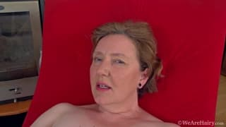 Romana Sweet fucks her mature pussy