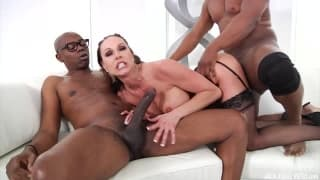 Kendra Lust lives up to her name with these 2