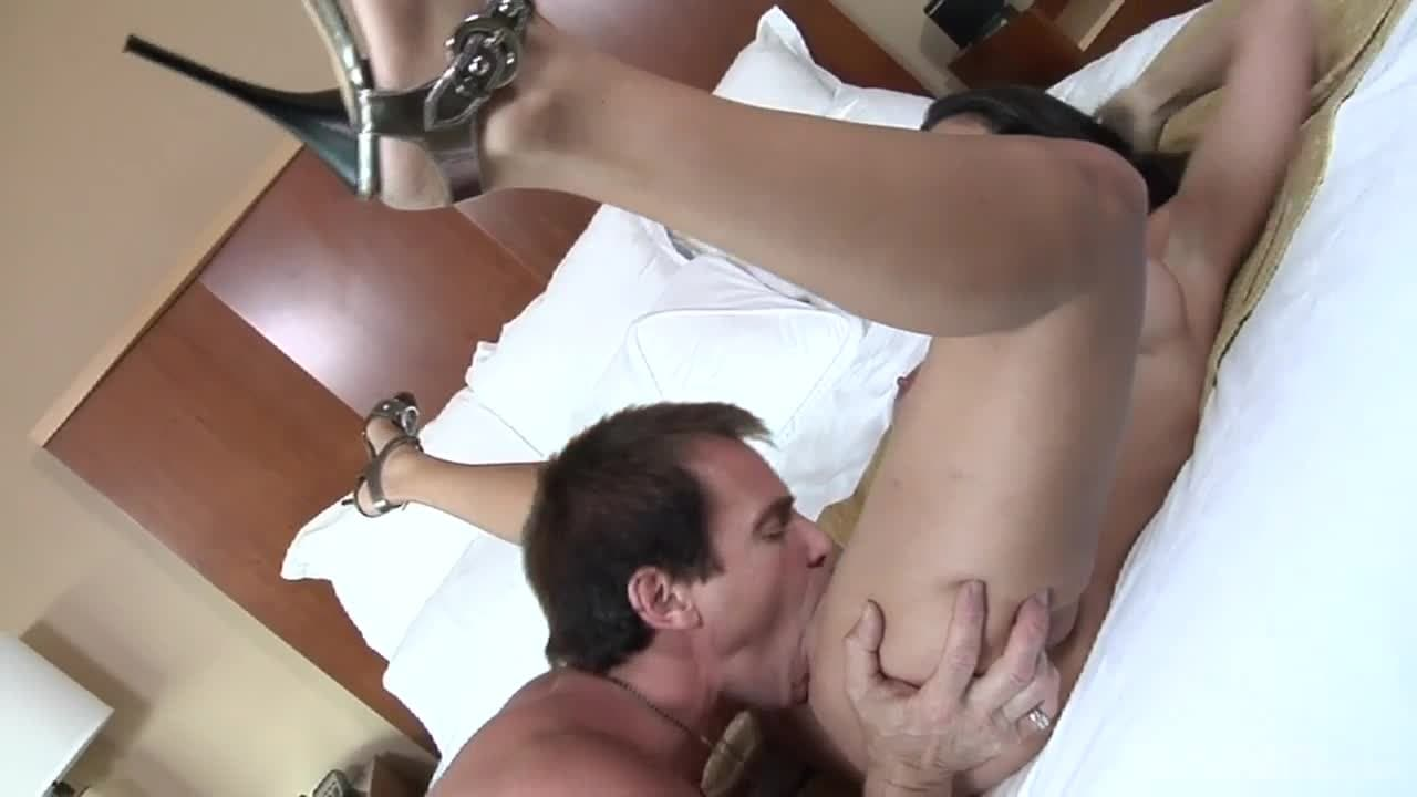 Amy Fisher Boobs amy fisher loves to fuck with her man - porndig
