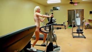 Tatyana does gymnastics completely naked