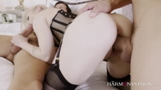Blonde beauty who is absolute filth in sex!