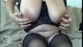 This milf has huge natural tits to show off