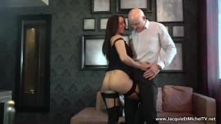 The beautiful Amélie wants sex with a bald guy