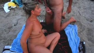 A mature couple enjoy their holidays with sex