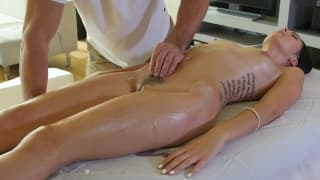 She gets an oiled up pussy rubbing