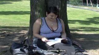 A blonde fucks with a guy in the park