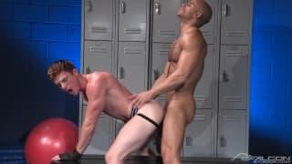 Sean Zevran and Brent Corrigan get horny