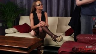 Mia Malone gives orders to drain his balls