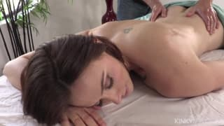 Chanel Preston gives an erotic massage