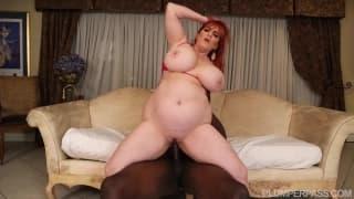 Roxee Robinson enjoys some big black cock