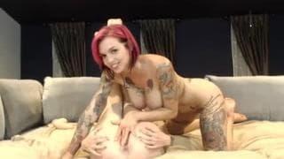 Annabellpeaksxx lesbian games in webcam show