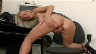 Gorgeous blonde has a good time masturbating