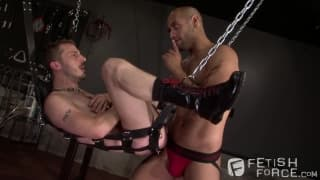 Chris Yosef and Leo Forte enjoy fist fucking