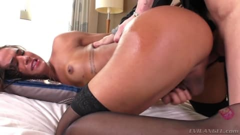 Shemale Felipah Lins and Alex Victor fuck