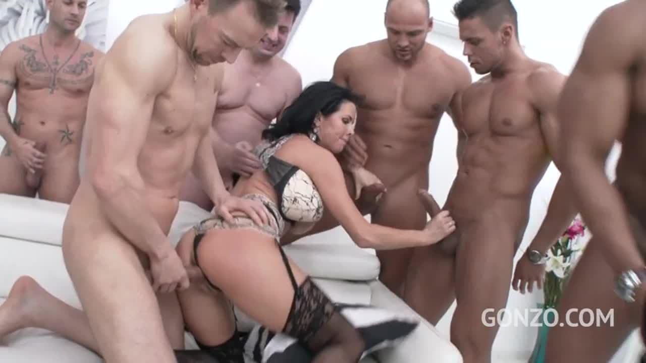 Veronica Avluv Anal Gangbang