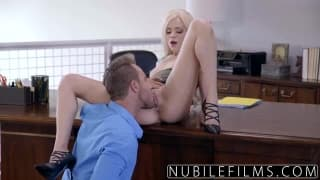 Hot blondie Elsa Jean is a stress relief