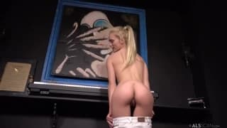 Tiny teen rides the Sybian to exstacy