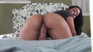 Big ass creampied all over her pussy