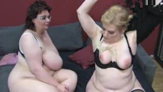 Two BBW milfs who love to blast each other