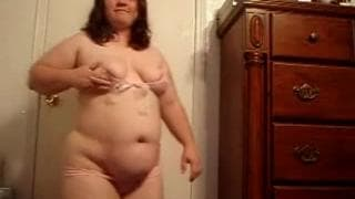 This porker bounces around naked on webcam