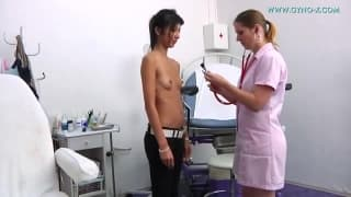 Hot babe at the doctors office gets her pussy