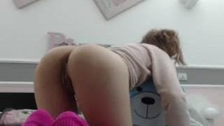 Darkemporium cum herself with dildo in cam