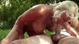 Granny being fucked hard outdoors !