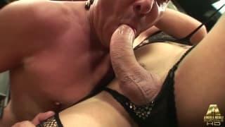 Brenda Lohan has her tranny dick sucked