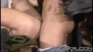 Four gay friends who love to enjoy some cock