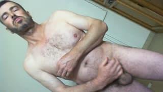 Hairy amateur man and exhib masturbating