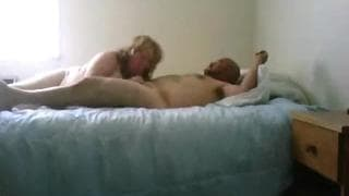 They love to have sex in bed while on camera